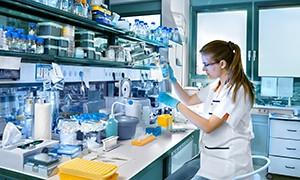 Branche mit Bergungsfass Bedarf: Labore, Pharmaindustrie